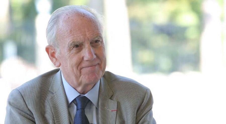 Cliquez ici pour découvrir la conférence du Pr Henri Joyeux qui à lieu à Cholet (49) sur le thème de la santé dans l'assiette